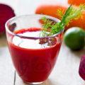 Smoothie cu sfeclă roşie, morcovi şi lămâie – bun pentru detoxifiere