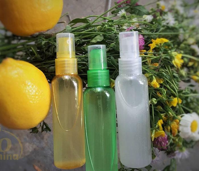 Cum să vă faceţi singuri un spray antiseptic pentru gât cu mentă și lămâie