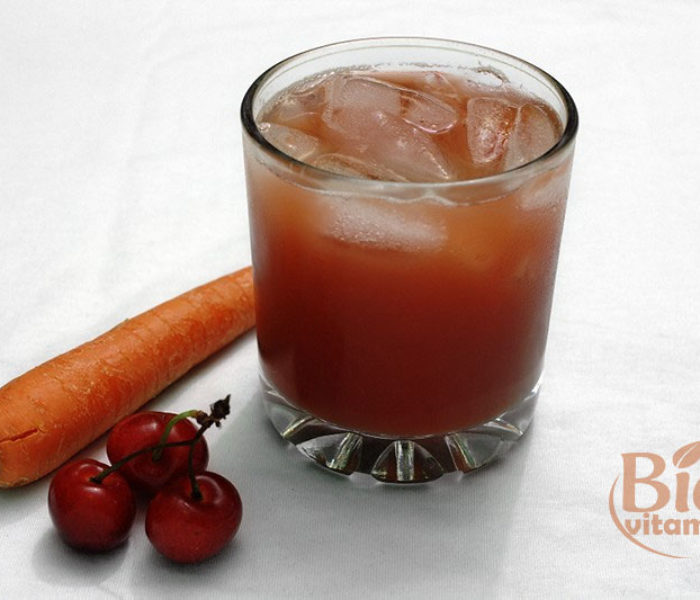 Suc de cireşe şi morcovi – bun pentru slăbire, digestie, vedere, tensiune, memorie, dinţi