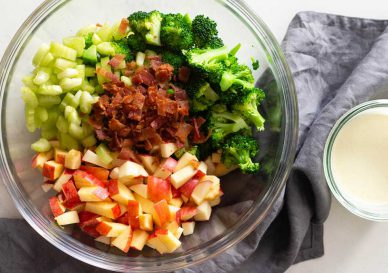 salata-mar-bacon-broccoli